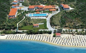 5 дни All Inclusive за двама през юни в Akrathos Hotel