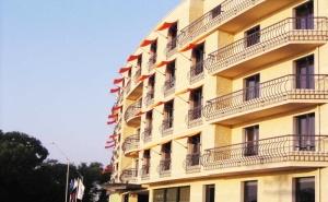 Нощувка със Закуска за Двама през Уикенда в Хотел Панорама****, гр. <em>Варна</em>