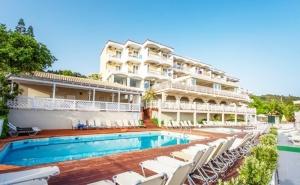 Ранни Записвания за Море на о. Закинтос, Гърция! Нощувка на човек на База All Inclusive + Басейн в Capitan's Hotel***. Дете до 12Г. - Безплатно