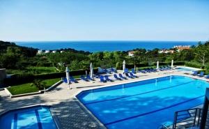 Ранни Записвания за Море 2020 в Гърция! Нощувка на човек на База All Inclusive + Басейн и Трансфер до Плажа в Olympus Thea Hotel, Край Платамон, Гърция