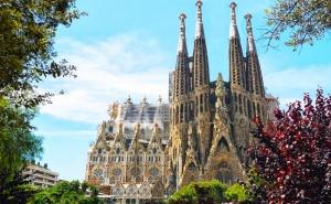 Екскурзия до <em>Барселона</em> и Перлите на Средиземноморието – 7 Нощувки на човек + Закуски, 3 Вечери и Транспорт от Караджъ Турс