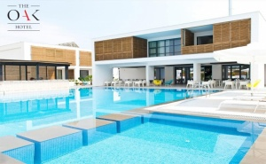 Ранни Записвания за Лято 2020 в <em>Кавала</em>, Гърция! Нощувка на човек със Закуска + Басейн в Хотел The Oak****