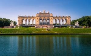Екскурзия до Виена + по Желание Екскурзия до Манастира Хайлиген Кройц и Двореца Лихтенщайн! 2 Нощувки със Закуски на човек + Транспорт от Еко Тур