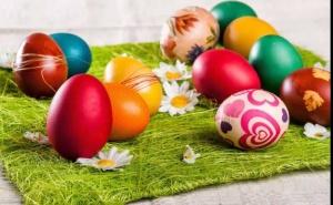 Луксозен Великден в Хотел Lucy, Кавала - Три Нощувки със Закуски и Много Празнично Настроение / 16.04 - 20.04.2020