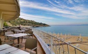 Майски Празници в Кавала, Гърция - Хотел Tosca Beach Bomo Club 4*! Пакет от Три Нощувки за Двама на Ол Инклузив / 04.05 - 22.05.2020