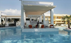 5 дни за двама със закуска и вечеря през Септември в Litohoro Olympus Resort Villas  & Spa