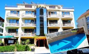 Нощувка на човек със Закуска + Басейн в Хотел Опал, Приморско на 100 М. от Плажа