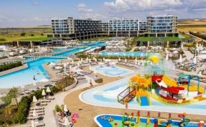 Super Last Minute от 10-ти до 23-ти Юли Ultra All Inclusive стая за двама на ден от Wave Resort, Поморие