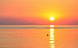 Плаж в Гърция, Керамоти. Транспорт + Нощувка на човек със Закуска и Разходка в <em>Кавала</em> от  Абв Травелс