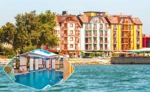 Нощувка на човек със Закуска + Басейн и Спа в Хотел Сейнт Джордж****, на 1-Ва Линия в Поморие