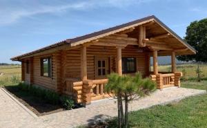 Нощувка за 4 или 8 човека в Дървените къщи - Лозенец