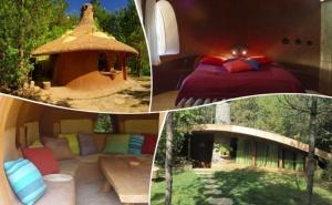 Нощувка за ДВАМА или ЧЕТИРИМА в къщичка направена от камък, глина и дърво от Еко селище, Омая