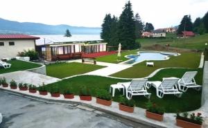 Нощувка на човек + Външен Отопляем Басейн от Къща за Гости Хисарски, Сърница