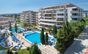Last Minute с Безплатен Плаж и Аквапарк, до 22.08 Ultra All Inclusive в Хотел Хермес, Царево