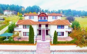 Нощувка за Четирима в Апартамент от Комплекс 7М, до Язовир Батак, Цигов Чарк