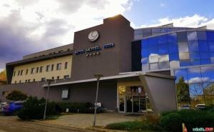 Минерални Извори и Лековити Води, през Седмицата Цена за Двама с Минерален Басейн в Спа Хотел Ата, Вършец