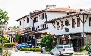 Нощувка на човек със Закуска или Закуска и Вечеря в Семеен Хотел Елеганс, Арбанаси