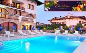 Коледа в Арбанаси! 3 нощувки на човек със закуски и 2 вечери, едната празнична + топъл външен и вътрешен басейн + релакс зона от хотел Винпалас