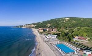 На Море 2021 на Първа Линия След 22.08 All Inclusive с Безплатен Плаж в Хотел Ефект Алгара Бийч