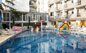 All Inclusive в хотел Престиж Делукс Хотел Аквапарк Клуб 4* - Златни пясъци през юни или септември  / 01.06.2021 г.- 15.06.2021 г. или 10.09.2021 г.-22.09.2021 г./
