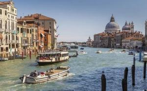 Екскурзия до <em>Венеция</em>, Верона, Сирмионе и Мантуа, Италия. Транспорт + 3 Нощувки на човек със Закуски от България Травъл