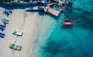 Почивка в Дуръс, Албания. 5 Нощувки на човек със Закуски и Вечери в Хотел 3* + Автобусен Транспорт!