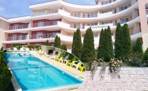 Ранно Лято в <em>Каварна</em>! 1, 2 или 3 Нощувки в Апартамент за Четирима + Басейн в Апартхотел Марина Резиденс, <em>Каварна</em>