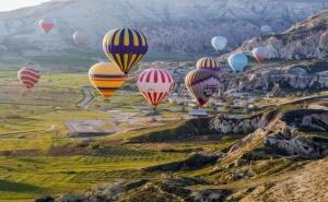 Екскурзия през Септември и Октомври до Анталия и Кападокия, Турция! Самолетен Билет от <em>София</em> + 7 Нощувки на човек със Закуски и Вечери в Хотел  4* + 3 Екскурзии!