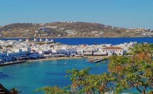 Екскурзия до Остров Миконос, Гърция през Юли и Септември 2021. Автобусен Транспорт + 4 Нощувки на човек със Закуски!