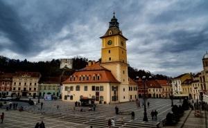Екскурзия от Юли до Октомври до Румъния: Синая, Бран, Брашов, Букурещ! Автобусен Транспорт + 2 Нощувки на човек със Закуски в Хотел 3*. без Pcr!