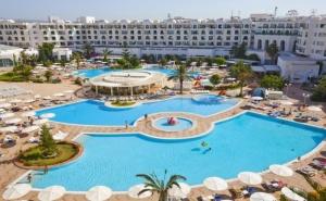 Почивка в Хотел El Mouradi El Menzah4*, Хамамет, Тунис през Август Септември 2021. Чартърен Полет от <em>София</em> + 7 Нощувки на човек на База All Inclusive!