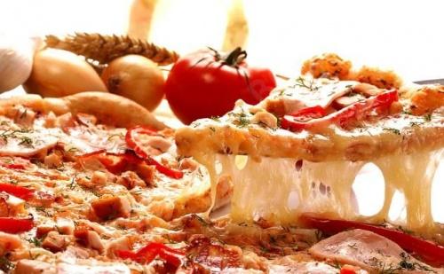 Италианско! Голяма или малка хрупкава пица по избор от менюто на Пица и дюнер Престо