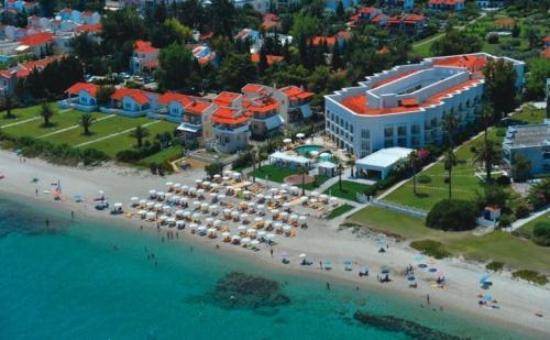 Лятна почивка в Гърция 7 нощувки + закуски + вечери, Elinotel Apolamare 5*