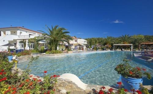 Лятна почивка в Гърция на супер цени в Chrousso village 4*