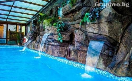 СПА център и басейн с ГОРЕЩА МИНЕРАЛНА вода във Велинград.Нощувка със закуска в хотел Елбрус***