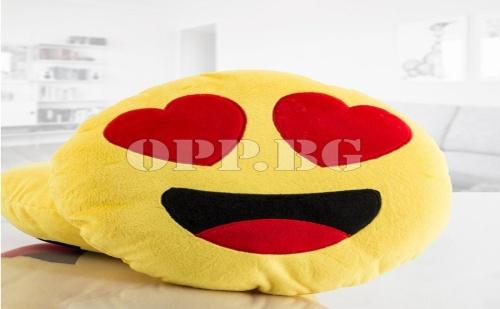 Възглавница Emoji Heart Eyes