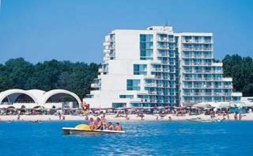 Албена лято 2017 след 27.08 All Inclusive Първа линия в хотел Нона, цена на човек