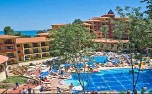 Грифид Лято 2017 с аквапарк, 24 часа Ultra All Inclusive с включен плаж след 26.08 в Хотел Грифид Болеро, Зл. пясъци