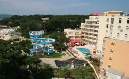 След 27.08, 7 Дни Полупансион в Китен до Плаж Атлиман в Хотел Принцес Резиденс