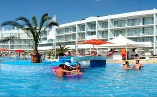 Пакети лято 2017 в ТОП комплекс, 5 дни All Inclusive Premium след 23.08 в Долфин Марина, КК Гранд Хотел Варна