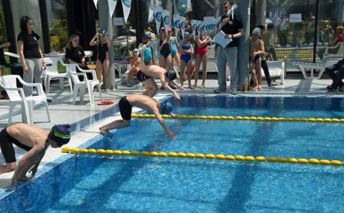 5 Дневен Курс по Плуване за Деца в Спортен Комплекс Силвър Сити само за 35 лв.