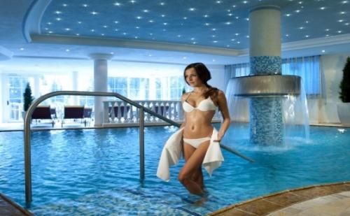 Есен в Хисаря - Хотел Сана Спа 4*! Нощувка със Закуска + Ползване на Спа Център с Топла Минерална Вода + Безплатно Дете до 11.99Г.!