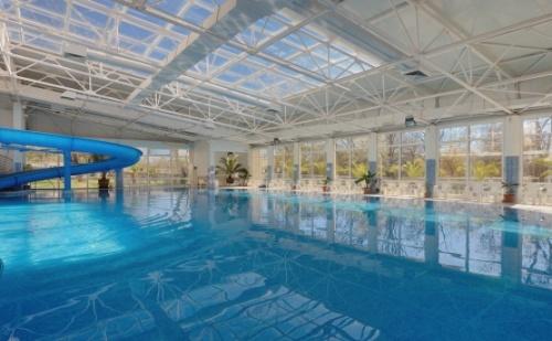 Есен в Спа Хотел Аугуста в Хисаря - Предпочитан Хотел за Вашата Почивка! Пакети със Закуска + Ползване на Външен и Вътрешен Минерален Басейн!