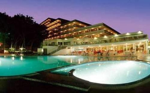 Новогодишно настаняване в Топ курорт, 3 дневен All Inclusive пакет с Празнична вечеря в Хотел Плиска, Зл. пясъци