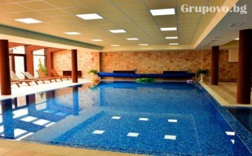 All Inclusive light + басейн, сауна и парна баня от хотел Роял Банско