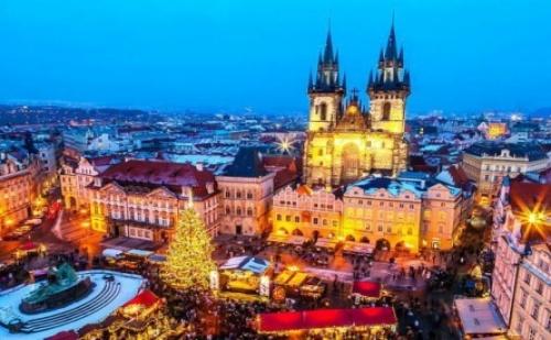 Ранни Записвания за Нова Година в Прага + Самолетен Билет! 5 Дни в 4 Звезден Хотел Близо до Центъра!