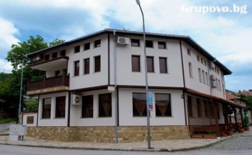 Нощувка със Закуска и Вечеря в Хотел Антик, Дряново