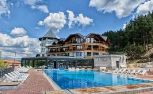Най-Новия Хотел в с. Баня до Банско, Уикенд през Януари Полупансион в Хот Спрингс Медикъл и Спа