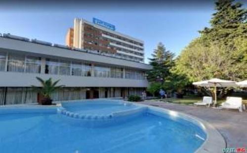 Изгодна All Inclusive Ваканция до 09.07 и След 22.08 в Приморско от Хотел Тишина, Приморско