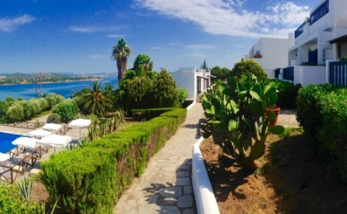 10-15 Юни на Остров Амуляни, в Еко Х-Л Agionissi Resort 4*- 5 Нощувки, Закуски и Вечери на Специална Цена!